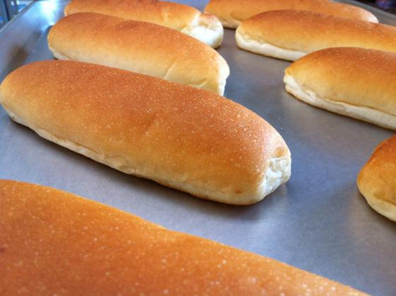 初めて作ったコッペパン。始まりはここからでした。