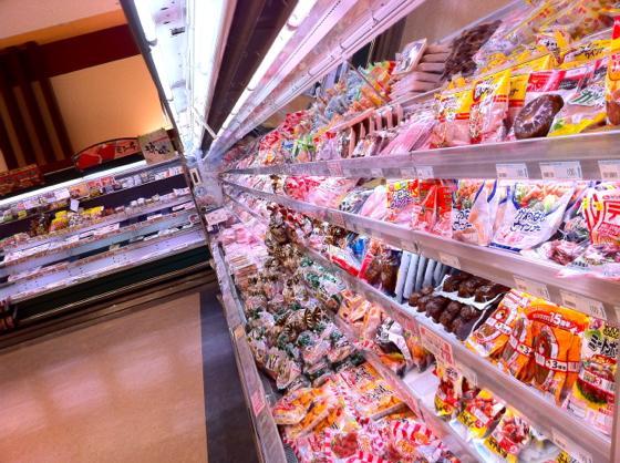 スーパーに行くと、たくさんの食品が並んでいます。  あらゆる食品に「合成保存料を使用していません」「無添加」と表示されていますが、これって本当なのでしょうか?