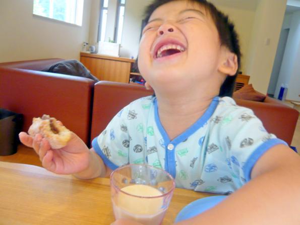 卵・乳製品を使わなくっても  こんなにおいしくってふわふわパン。  ぜひ一度召し上がっていただきたい!