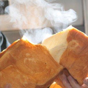 画像1: tonton食パン1本 (スライスなし2斤分)【卵・乳アレルギー対応】 (1)