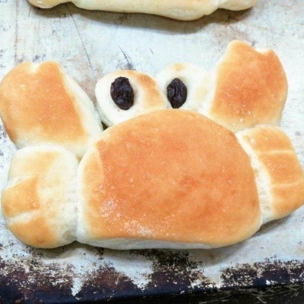画像1: カニさんパン【卵・乳アレルギー対応】 (1)