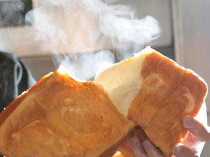 安全、安心なパン。みんな一緒の朝食を目指して・・・