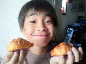 また もうひとつメロンパンを食べてましたo(^-^)o