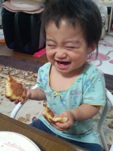 息子も一緒に食べれるパンはないかと探していたところ、tontonさんを発見!!