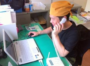 電話でアポイントを取って、営業回り。初めての経験です。