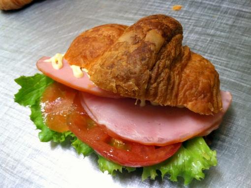 サンドイッチ用クロワッサン (4個入り)【卵・乳アレルギー対応】