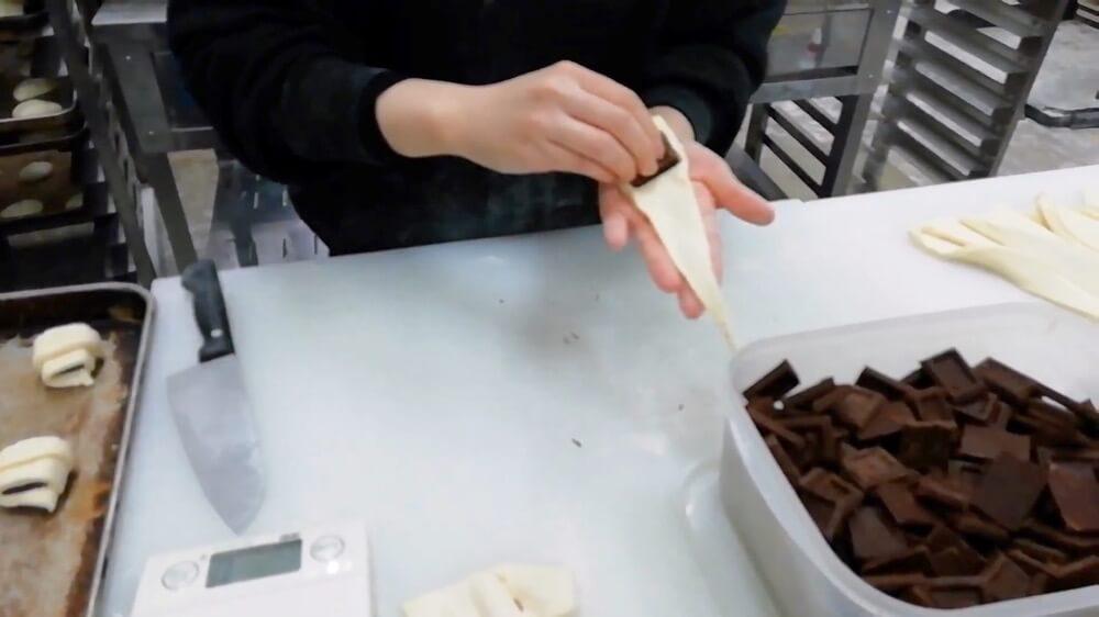 【Aff×NIKKOH×Mana×tonton】チョコクロワッサン (4個入り)【卵・乳アレルギー対応】
