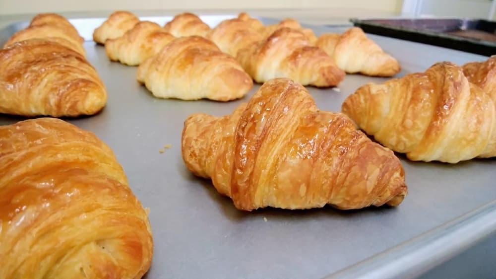 シュガークロワッサン (4個入り)-卵・乳アレルギー対応パンのtonton